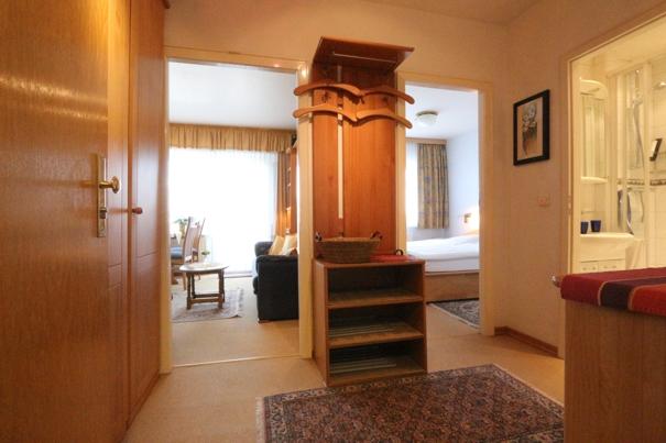 ferienwohnung herrmann westerland flur appartement 70 haus nordland. Black Bedroom Furniture Sets. Home Design Ideas